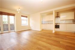 Flat To Let Windmill Road Brentford Middlesex TW8