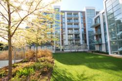 Flat To Let Great West Quater Brentford Middlesex TW8