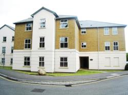 Flat To Let Staines Upon Thames STAINES Surrey TW18