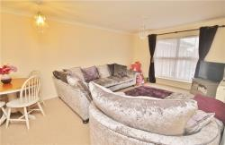 Flat To Let  Stanwell Berkshire TW19