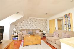 Flat For Sale Staines Road West Ashford Surrey TW15