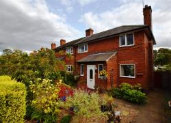 Semi Detached House For Sale Fairburn Knottingley West Yorkshire WF11