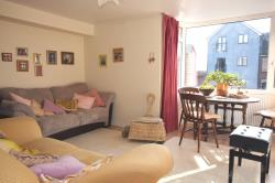 Flat For Sale Cantelupe Road East Grinstead West Sussex RH19