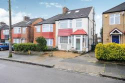 Semi Detached House For Sale Sherrards Way Barnet Hertfordshire EN5