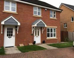 Semi Detached House To Let  Glasgow Lanarkshire G72