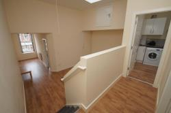 Flat To Let  Bromsgrove Worcestershire B61