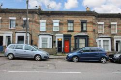 Terraced House To Let  London Greater London E9