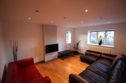 Flat To Let  Hayes Middlesex TW7