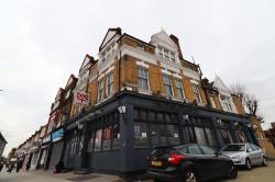 Flat To Let  Manor Park Greater London E12