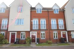 Terraced House To Let  Maidstone Kent DA11