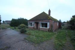 Detached Bungalow To Let  Canterbury Kent CT4
