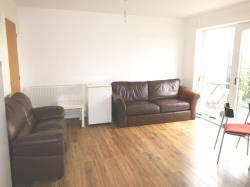 Flat To Let Maxwell Road Romford Essex RM7
