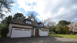Detached House To Let  Chilworth Hampshire SO16