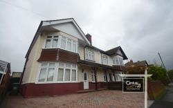 Semi Detached House To Let  Southampton Hampshire SO15