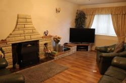 Terraced House For Sale Oakhill Road BATLEY West Yorkshire WF17
