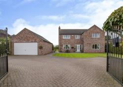 Detached House For Sale Walkeringham Doncaster Nottinghamshire DN10