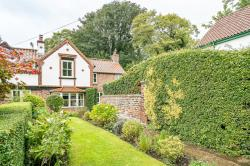 Detached House For Sale  Walkington East Riding of Yorkshire HU17