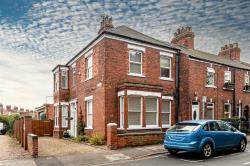 Flat For Sale  Beverley East Riding of Yorkshire HU17