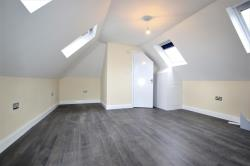 Flat To Let   Essex RM5