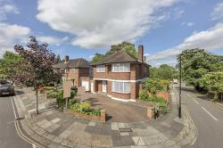 Detached House To Let  Ealing Greater London W5
