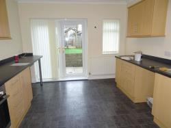 Flat To Let North Cornelly Bridgend Bridgend CF33