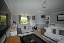 Semi Detached House To Let Vicarage Road Buntingford Hertfordshire SG9