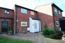 Terraced House For Sale  Hertford Hertfordshire SG14