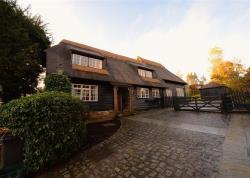 Detached House For Sale  Ware Hertfordshire SG11