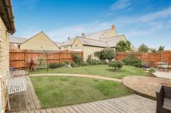 Detached House For Sale Trefoil Way Carterton Oxfordshire OX18