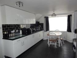 Terraced House For Sale Brizewood Carterton Oxfordshire OX18