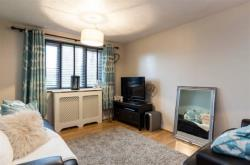 Flat To Let Cumberland Place Catford Greater London SE6