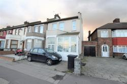 Terraced House For Sale  Goodmayes Essex IG3