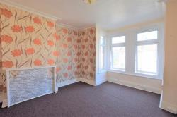 Flat To Let  Chadwell Heath Essex RM6