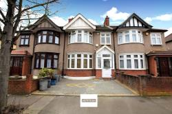 Terraced House For Sale  Romford Essex RM6