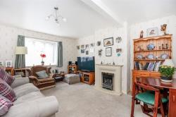 Flat For Sale Magpie Hall Close Bromley Kent BR2