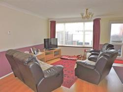Terraced House For Sale Turnbull Close Greenhithe Kent DA9
