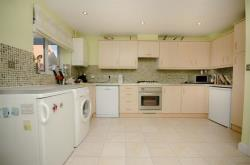 Semi Detached House For Sale Tunbridge Way Emersons Green Gloucestershire BS16