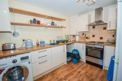 Terraced House To Let Parsons Close Dursley Gloucestershire GL11