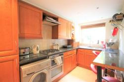 Flat For Sale Newton Avenue East Grinstead West Sussex RH19