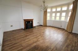 Flat For Sale Kingsley Road Frodsham Cheshire WA6