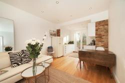 Flat To Let Shacklewell Lane London Greater London E8