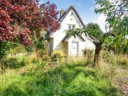 Detached House For Sale  Lindsey Suffolk IP7