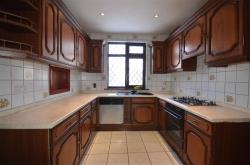 Semi Detached House To Let Kenton Harrow Middlesex HA3