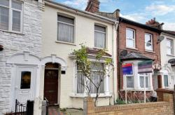 Terraced House For Sale Harrow & Wealdstone Middlesex Middlesex HA3