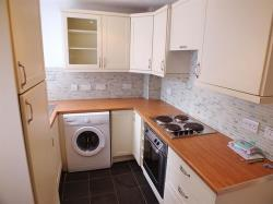 Semi Detached House To Let Clivesdale Drive Hayes Middlesex UB3