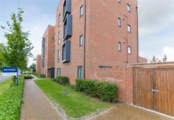 Flat For Sale   Middlesex TW5