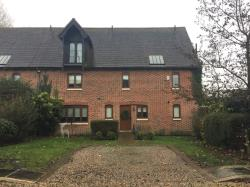 Terraced House To Let  Fyfield Essex CM5