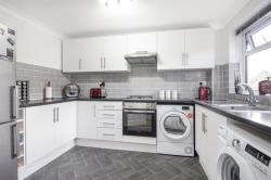 Flat For Sale  Hornchurch Essex RM12