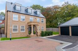 Detached House For Sale Bragg Court Adel West Yorkshire LS16