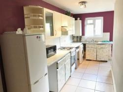 Terraced House For Sale Myrtle Road Hounslow Middlesex TW3